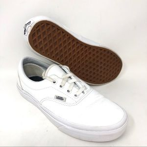 VANS Off the Wall Lace Up Low Top White Sneakers